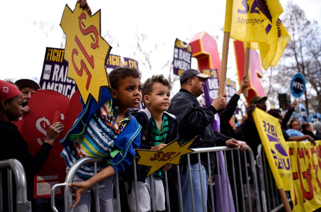Workers Rally in New York for Pay Raises and Fair Labor Practices