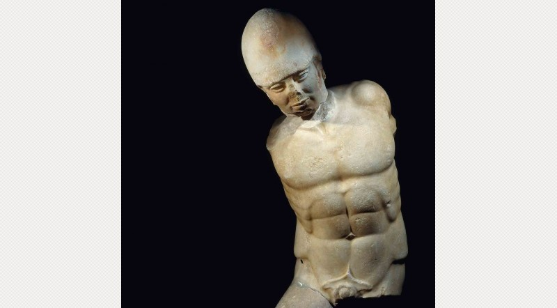 Marble-statue-of-a-warrior