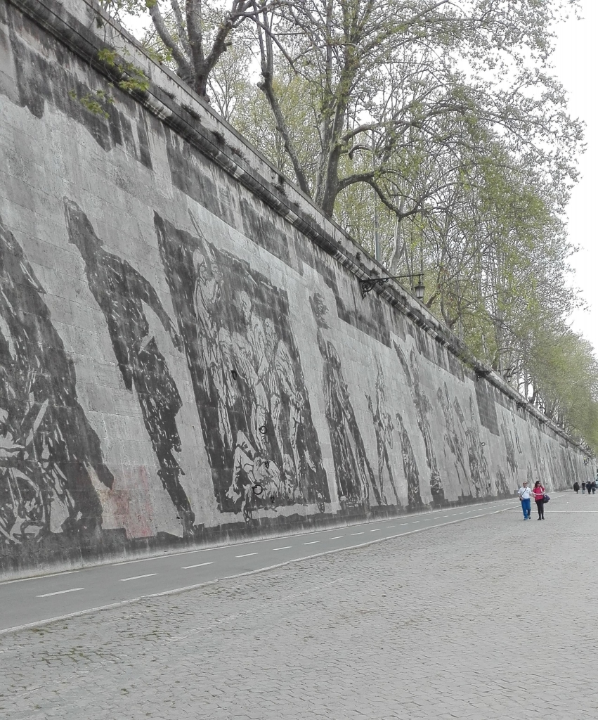 In a photo of 02 April 2016, an image of 'Triumphs and Laments', a project for Roma of South African artist William Kentridge. 'Triumphs and Laments' tells the millenary story of Rome with some murals, all concentrated along Tiber River, in the part between Ponte Sisto and Ponte Mazzini. The official opening of the exhibition is scheduled on 21 April 2016, the day of Rome's birthday. ANSA / ALESSANDRA CHINI
