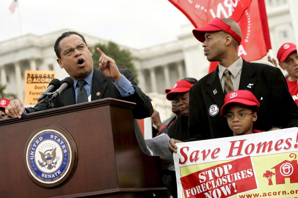 U.S. Representative Keith Ellison, Democrat of Minnesota, speaks to housing rights activists at a rally in front of the U.S. Capitol to call on lawmakers to protect homeowners from foreclosures in Washington, DC, USA on 11 March 2008. Home foreclosures in the U.S. have soared to an all-time high. Many borrowers with subprime loans have seen their initially low interest rates adjusted much higher and are falling behind on payments as a result.  ANSA/MATTHEW CAVANAUGH/DIB